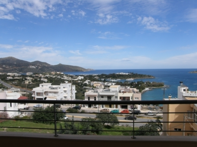 Spacious 3 bedroom Crete house plus 3 apartments for sale in Aghios Nikolaos