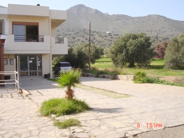 House comprising two apartments for sale in Crete
