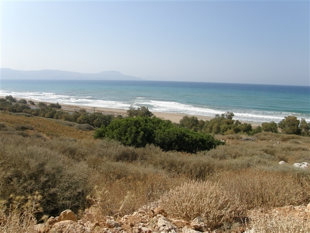 Large plot of Crete coastal land for sale and investment
