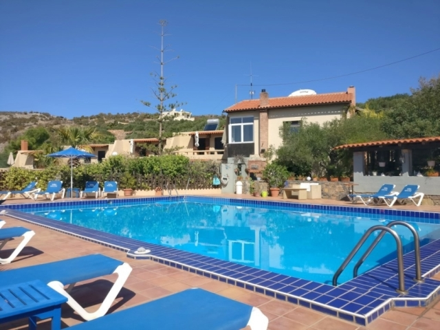 Crete immaculate and very manageable complex for sale