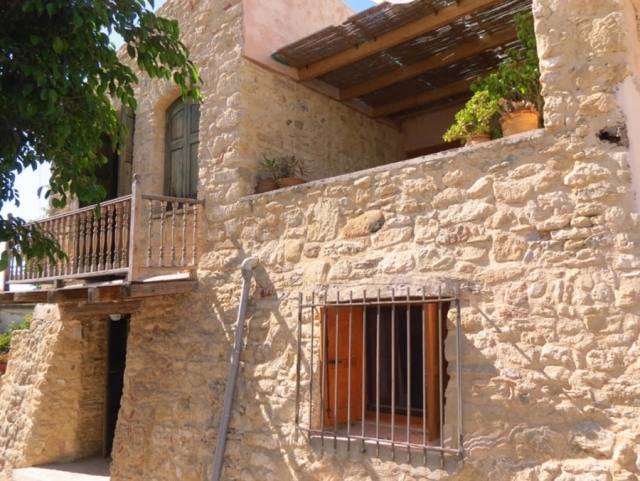 Traditional, stone house for sale near Ierapetra