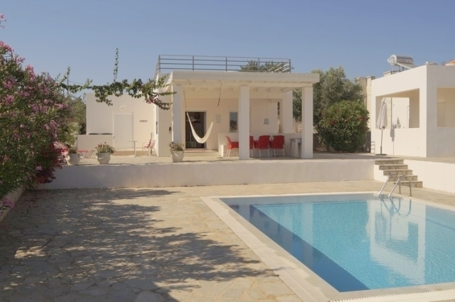 Furnished house of 67m2 for sale in Akrotiri, Chania