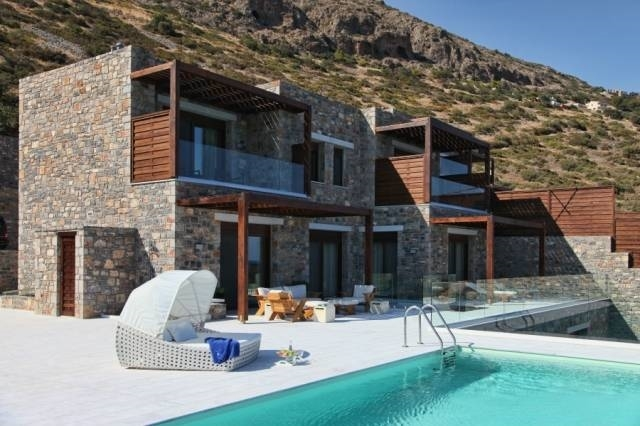 Luxury seaside villa is for rent in Elounda