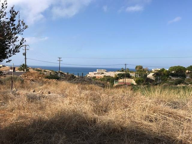 A buildable  land  plot for sale in Sissi