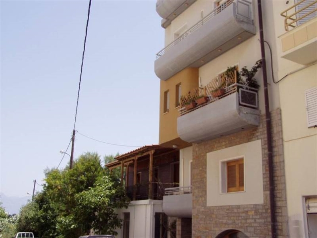 Four apartments for sale in the center of Aghios Nikolaos