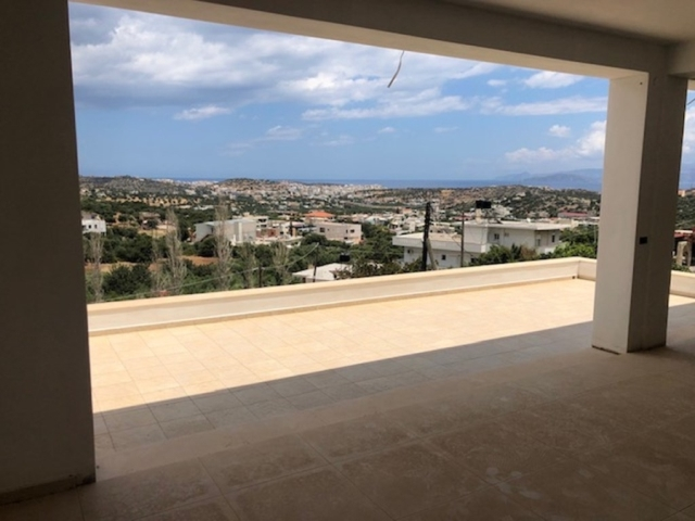 An unfinished apartment of 100m2 for rent close to the city of Agios Nikolaos