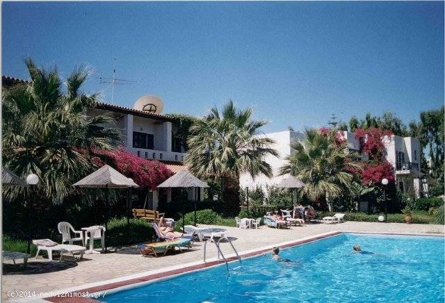 Hotel of 1000m2 for sale in Heraklion