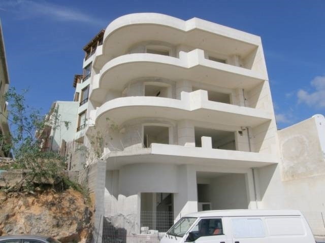 Four storey semi finished property in Aghios Nikolaos is for sale