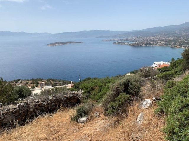 Land plot of 3.432,97m2 with sea views for sale close to Aghios Nikolaos