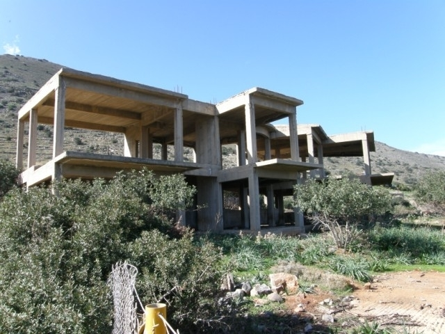 Two floor semi-finished house of 200m2 for sale in Elounda