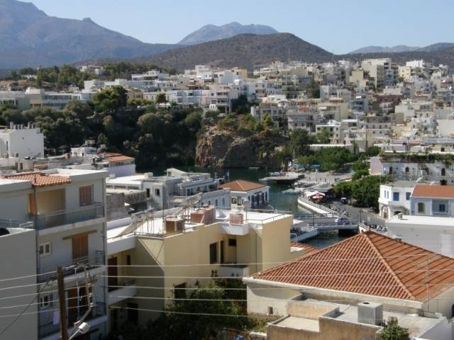 3rd floor apartment of 135m2 is for sale in Aghios Nikolaos