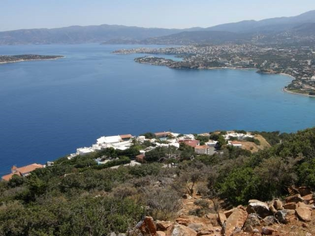 Plot of 3.200m2 and sea view for sale in Ellinika near Aghios Nikolaos