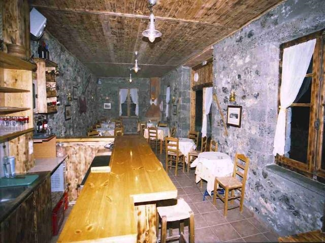 Well established restaurant in Crete for sale