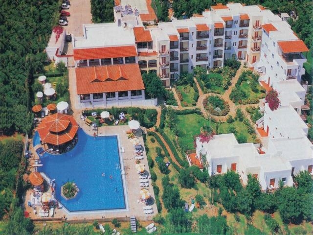 Hotel for sale in Aghios Nikolaos