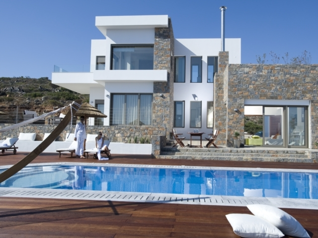 Luxury 4 bed Crete villa with  pool and amazing view for rent